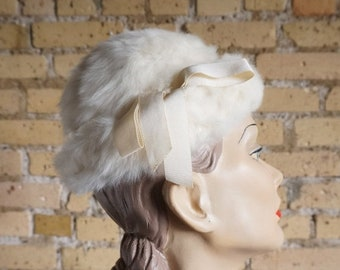 Shop SALE REDUCED Vintage 1960s Miss Bergdorf for Bergdorf Goodman Ivory White Rabbit Fur Hat Grosgrain Band / Winter Wedding