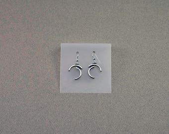 Earrings, sterling silver earrings. BO 200