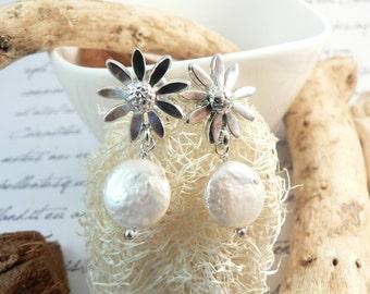 Pearl earrings. Daisy sterling silver earrings