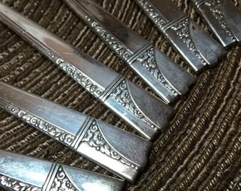 Caprice Silverplate Teaspoons 1937 Oneida Vintage Silver Plate Tea Spoon Set (6) ~ A2563
