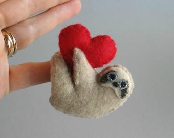 Valentine Sloth plush miniature felt stuffed animal -handmade -Valentine gift- gift for her- gift for him -boyfriend gift -girlfriend gift