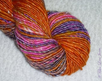 On and Poppin' Art Yarn - Handspun - Thick and Thin Spun - Singles - Thick and Thin - Luxury Blend - Knitting - Crochet - Weaving - Mixed Me