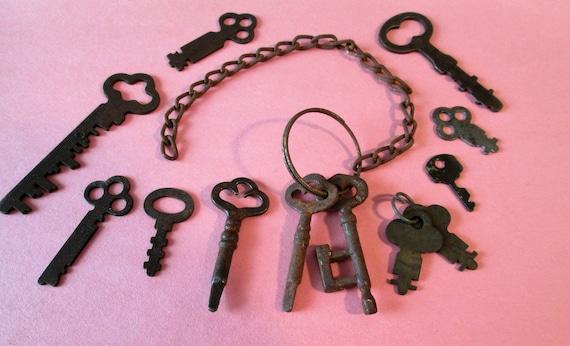 12 Rusty & Dusty Assorted Original Antique Steel Furniture/Door Keys for your Collections, Metalworking, Steampunk Art,