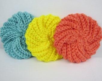 Cuisine lavette, des tampons de cage au Crochet, spirale lavette, cadeau de pendaison de crémaillère, idée cadeau, jaune saumon bleu cadeau, Best-seller au Crochet point de Crochet