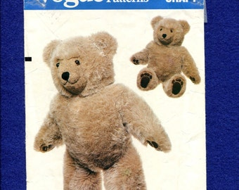 1980s Vogue 569 Teddy Bear 23 Inches Tall