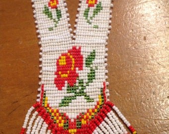 Native style beaded necklace
