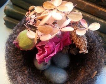 Sweet Natural Wool Needle Felted Bird Nest Eggs Baby Bird Spring Easter Nursery Decor