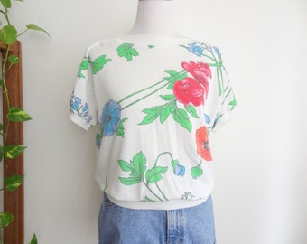 80s Vintage Gitano White & Poppy Flower Top Medium