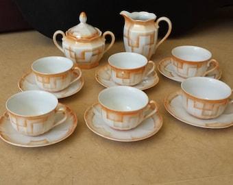 C.A. Lehmann & Sohn, Kahla, 806-2, art-deco abstract airbrushed 'spritzdekor' Tea-service, lustreware