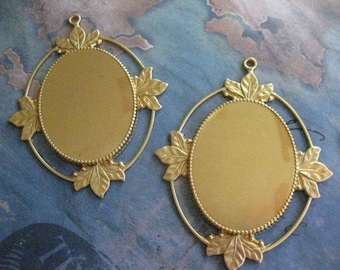 1 PC Raw Brass - Victorian Cabachon / Cameo Frame - 30mm x 40mm - U010