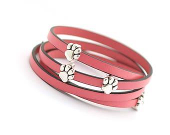 paw charm bracelet, Paw Print Bracelet, Cat dog lovers Jewelry, Pet Lover Bracelet, Animal Bracelet, Gift for Animal Lover, Mothers day gift
