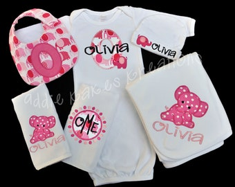 Personalized Elephant Themed Baby Gift Set / Gown, Cap, Blanket, 2 Burpcloths and Bib / Boy or Girl