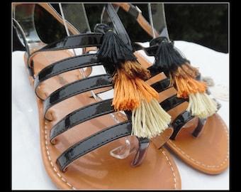 Sandals / barefoot tassel * wife *.