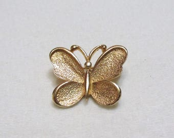 Sarah Coventry vintage gold toned metal butterfly brooch pin
