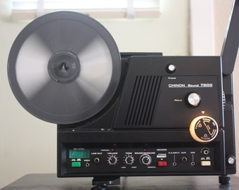 Vintage 8 mm Film Projector: Chinon 7500