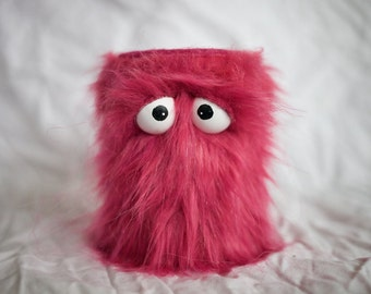 Kids Instruments Shaker - Furry Pink Handmade Durable Eco-Friendly Fun Coolest Shaker Drums For Kids