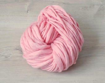 Art yarn merino wool hand spun effect yarn pink merino wool Slub thick and thin pink