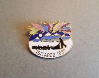 Vintage Iditarod 1987 Alaska AK Collectors Collectible Enamel Pin Badge Jewelry Vintage