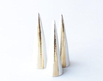 Modern Ceramic Ring Cone Holder Storage Jewelry Organization Display: White Gold Stripe