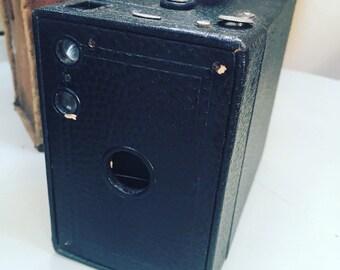 1910-20's Kodak no. 2A Brownie camera model B antique in original case