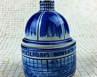 Hand Painted Delft Blue Domed Sonesta Hotel Jewelry Box
