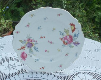 Late Victorian Floral Cake Plate 1899 - 1918