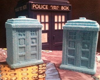 Big Blue Box (Pomegranate Bath Bomb) - TARDIS