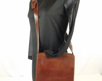 Brown Leather Boho Hipster Messenger Saddle Shoulder Bag Purse Crossbody Multi Pockets Adjustable Strap Magnetic Closure
