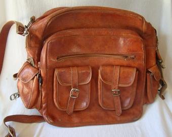 Vintage Leather Reddish Brown Hobo Travel Carry On Weekend Bag 331605