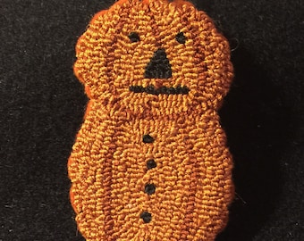 Primitive Needle Punch Pin Fall Pumpkin~Button Pumpkin