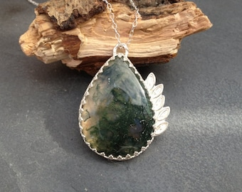 Sterling silver handmade moss green agate necklace, hallmarked in Edinburgh