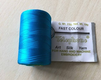 Rayon thread / artificial silk medium turquoise 72D