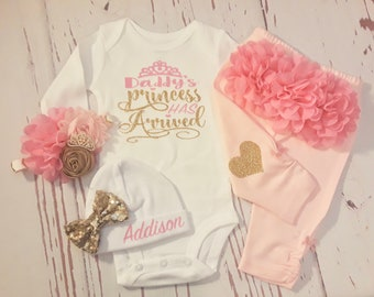 Newborn ,Baby Girl Outfit, Baby Girl Clothes, Baby, Take Home, Hospital, Outfit, Baby Girl, Outfit, Baby Shower, Gift, Name, Baby Shirt, hat