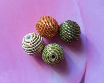 Set of 4 beads fabric of 21mm in diameter