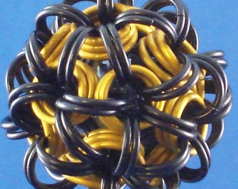 Jewelry Dodecahedron Chain Maille Pendant Black Yellow Gold