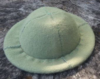 Two-ply Green Felt Wool Hat with Soft Rim and Cashmere Sweatband
