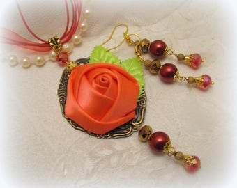 Vintage style handmade necklace and earrings set/vintage rose pendant/fabric flower pendant/red rose pendant/cameo rose pendant jewelry set