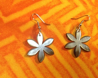 Small Carved Flower Mother Of Pearl Shell Earrings. Perfect For Teens, Young Children, Gift, Wedding, Or For You!