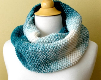 Knitted Seed Stitch Scarf. Unisex. Teal.