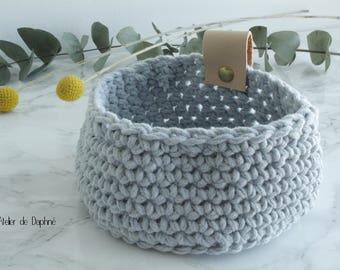 Crochet basket and leather, gray, rivet brass
