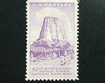 Five (5) vintage unused postage stamps - Devil's Tower 50th anniversary // 3 cent stamps