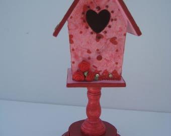 Valentine Birdhouse//Red Birdhouse//Wood Birdhouse//Decoupaged Birdhouse