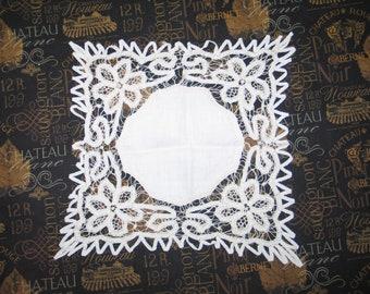 Antique Vintage BATTENBURG Lace Handkerchief Hanky~Bridal-Tape Lace-Hand Made Battenburg Lace
