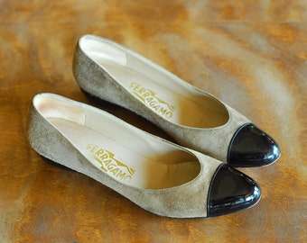 vintage Salvatore Ferragamo suede wedge shoes / size 7.5 narrow