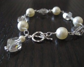 Swarovski Pearl and Cosmic Crystal Bracelet...Silver Shade and Cream...FREE matching earrings...FREE SHIPPING