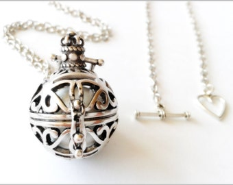 Musical Pearl and silver harmony ball necklace