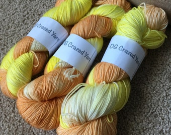 Lovely Daffodils Sock Superwash Merino/ Nylon/ Stellina