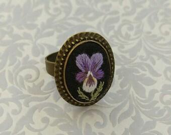 VP3 vintage pansy ring
