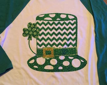 St Patricks Day hat with shamrock Womens Green raglan shirt