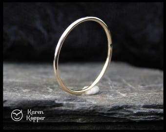 14k Solid Gold ring, smooth finish, thin ring, 1mm ring, made at your size. Skinny ring, stacking ring. Wedding band, engagement ring.